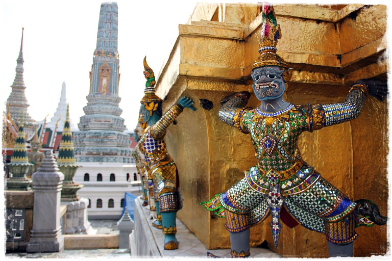 Таиланд - королевство кривых зеркал