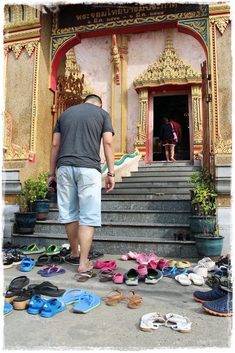 Не пляжный Пхукет: Храм Wat Chalong