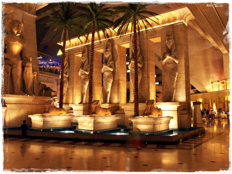 Самые интересные отели Лас-Вегаса?