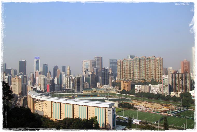 Гонконг. Вид на город с высоты и красоты Пика Виктории