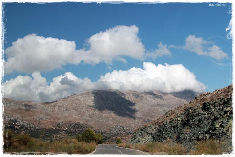 Крит. Деревня Аргируполи и водопады, которых нет