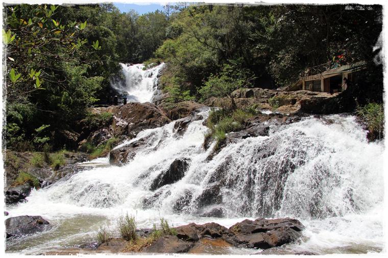 Далат. Водопад Datanla Waterfall - готовь сани летом