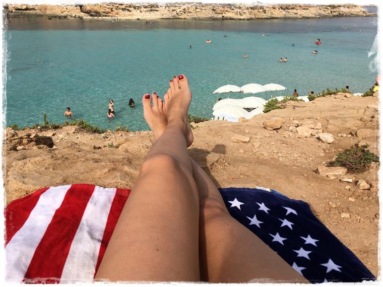 Мальта. Пляж Blue Lagoon и борьба за место под солнцем