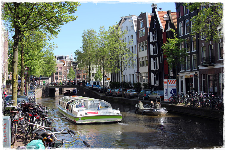 Пересадка в Амстердаме - что посмотреть, куда сходить
