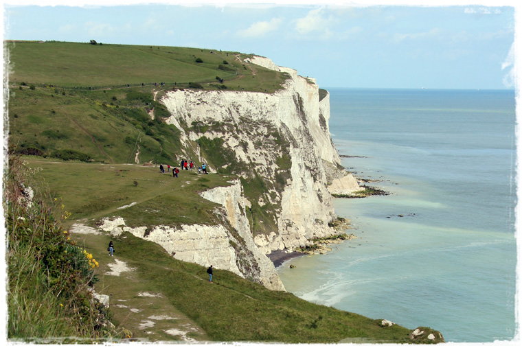 Куда съездить из Лондона: White Cliffs of Dover - скалистые берега, откуда Франция видна