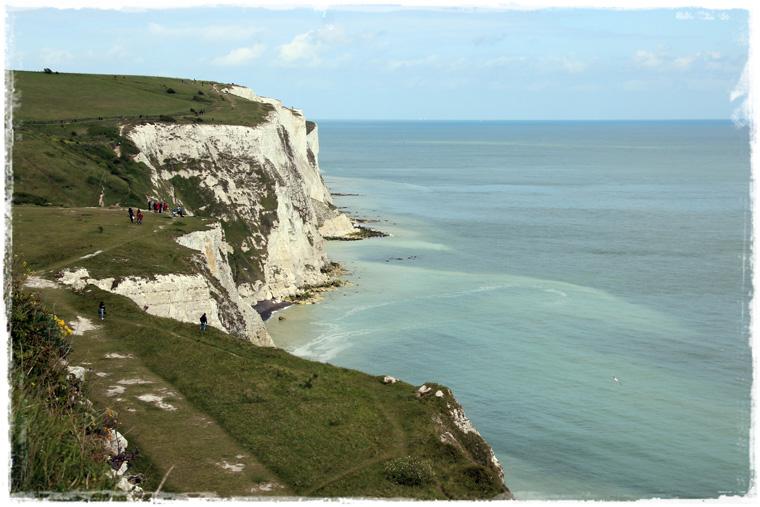 Куда съездить из Лондона: White Cliffs of Dover - скалистые берега, откуда Франция видна