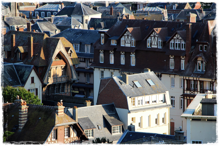 Нормандия. Меловые скалы, отвесные берега, всё это - Этретá