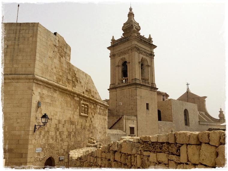 Мальта. Остров Гозо и марсианские пейзажи Лазурного окна