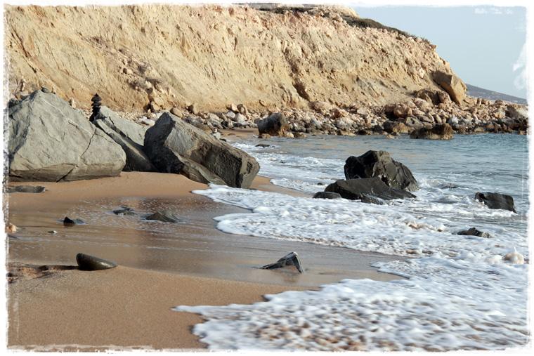 Голопопый Крит и нудистский Красный пляж