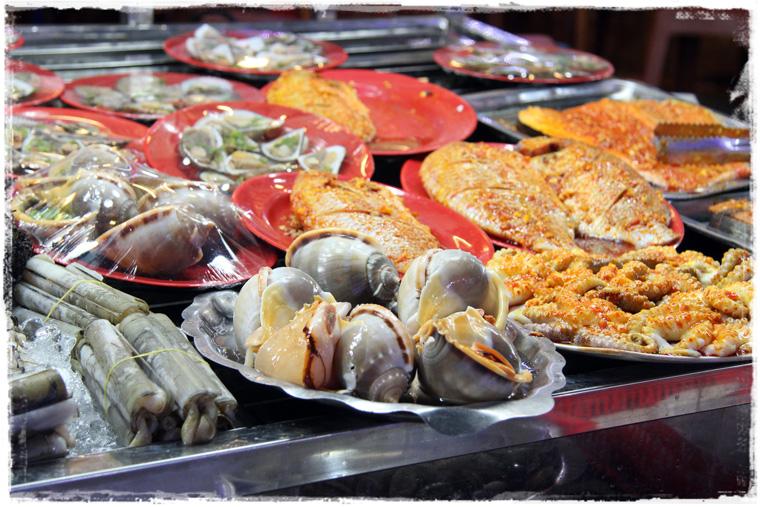 Фукуок. Night Market: Чего бы экзотического съесть?